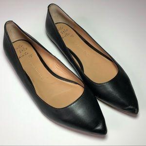 BANANA REPUBLIC Black Pointed Toe Leather Flats